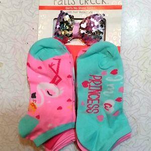 Kitty princess socks and blingy bow
